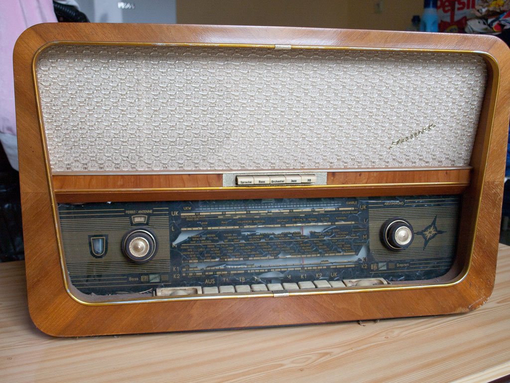 Stern Radio Rochlitz - RFT - Juwel 2