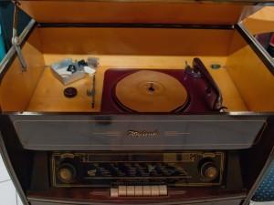 Tonfunk Violetta W 633 K3D